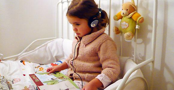 Ecouter de belles histoires pour enfants